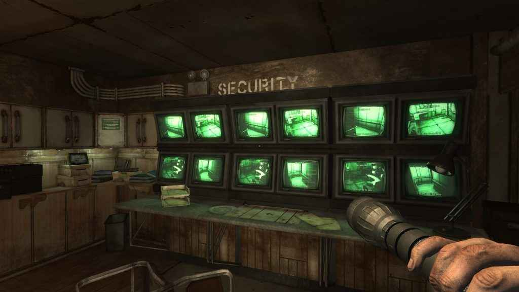 Escape an abandoned, monster infested, cargo ship in Monstrum