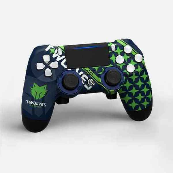 SCUF-Twolves-Controller