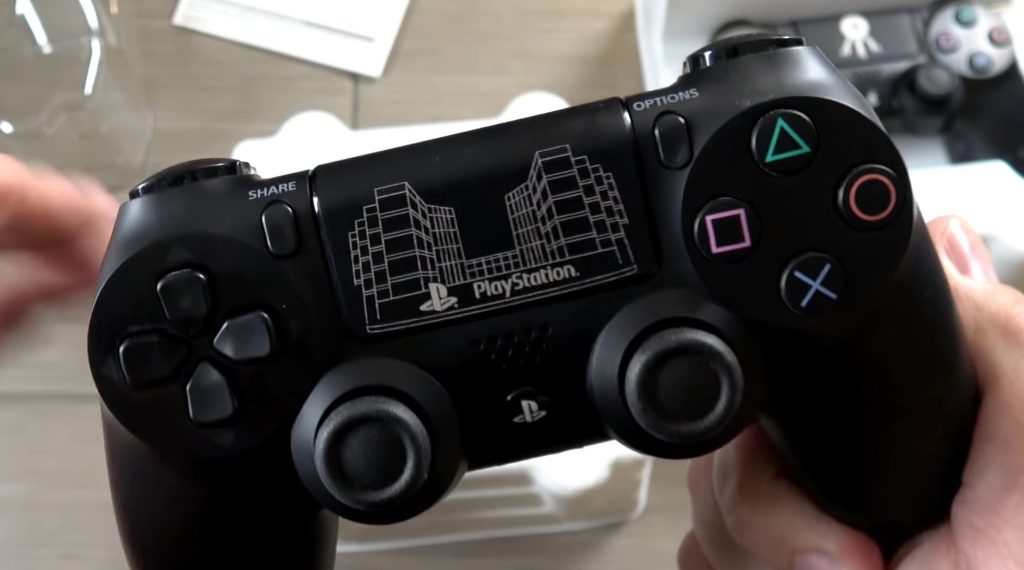 rare-sony-employee-ps4-controllers-unboxed-by-youtuber
