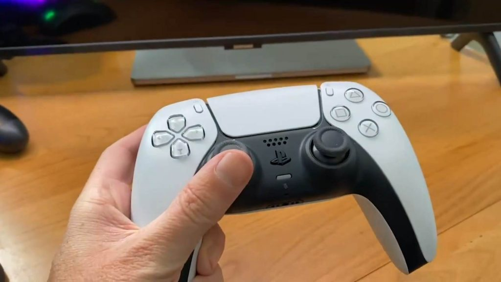 here-is-what-geoff-keighley-said-about-the-ps5-dualsense-controller