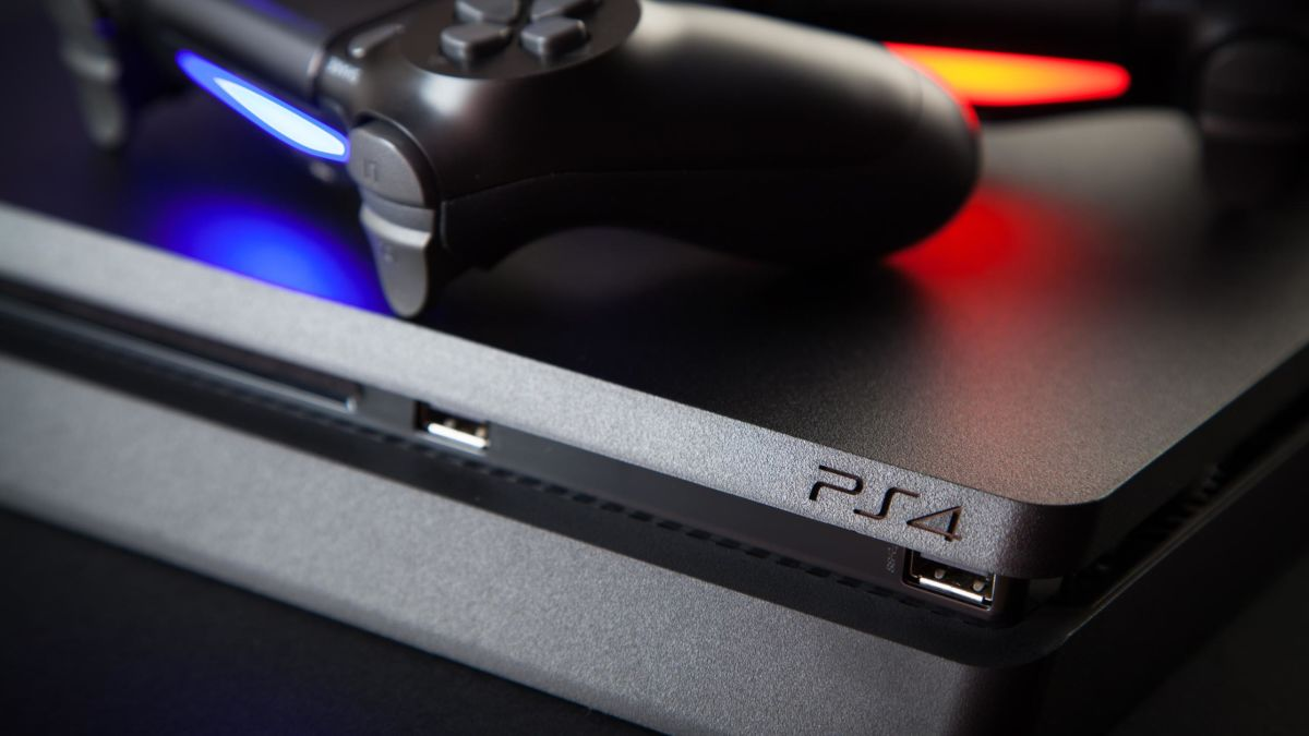 This Is What Really Happens When Your PS4 Clock Battery Dies